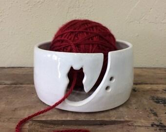 Kitty Yarn Bowl/Cat Yarn Bowl