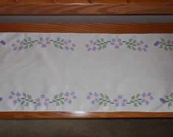"39""L Dresser or Table Scarf"