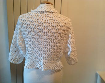 Small bolero in lace white crochet