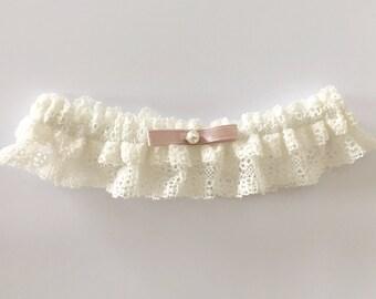Ivory wedding garter, dusty pink bridal garter, dusty pink garter, ivory lace garter, keepsake garter, toss garter, ivory garter with lace