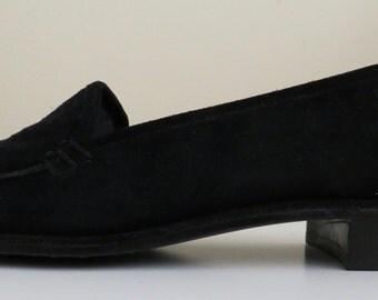 Stuart Weitzman suede loafer-sz 6.5
