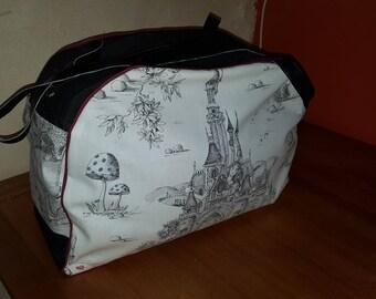 Alice in Wonderland Bowling Bag - Red model