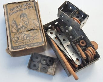 Match Box Construction Set / Tiny little Set / Louis Marx and Co. Very Early Toy /The Vest Pocket Builder