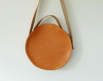 FULLMOON ROUND BAG