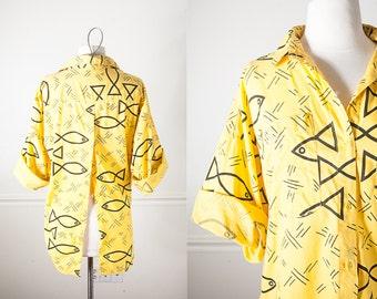 1990s Button Down Shirt, Oversized 80s Shirt, Graphic Print Boyfriend Shirt, 90s Grunge Top, Fishtail Hem, High Low Hem, Yellow Blouse