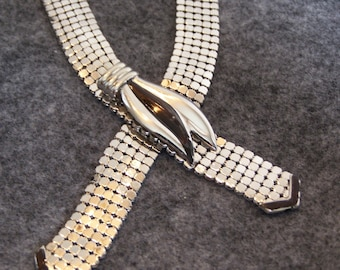 Vintage silver mesh necklace, looks sharp with so many styles!