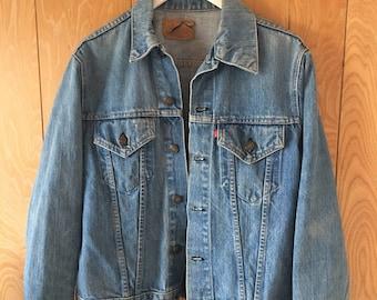 Vintage Levi's denim jacket size large