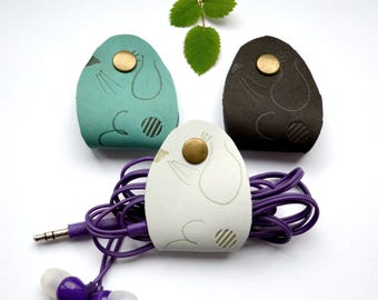 Earphone holder wrap - earphone usb cable