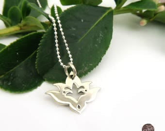 Petite Lotus Flower design .925 Sterling Silver pendant necklace