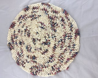 Amish Knot Toothbrush Rug  Round Country home Beige with Jewel Tones Blue Red