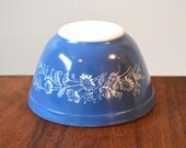 Vintage Pyrex Colonial Mist Blue 401; Mixing Nesting Bowl; Blue with White Flowers