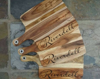Personalised wooden chopping board - serving board
