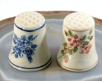 Thimble  - handpainted porcelain  -  6242