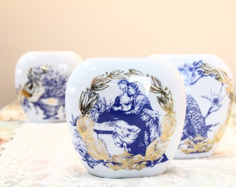Victoria Snow Crown - Hand Decorated Pillow Shaped Vase