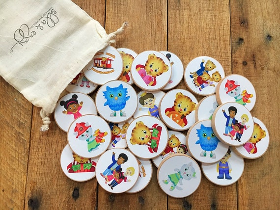 Daniel Tiger Wooden Disc memory matching game, toddler gift, wooden toys, Montessori, Wooden Toy, Educational Toy