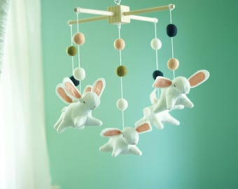 Bunny mobile, bunnies mobile, rabbit, felt mobile, felted mobile, baby crib mobile, woodland nursery, pink mobile, cot mobile