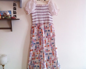 early 70s maxi white dress, smocks on bust, puffy short sleeves, floral print / small