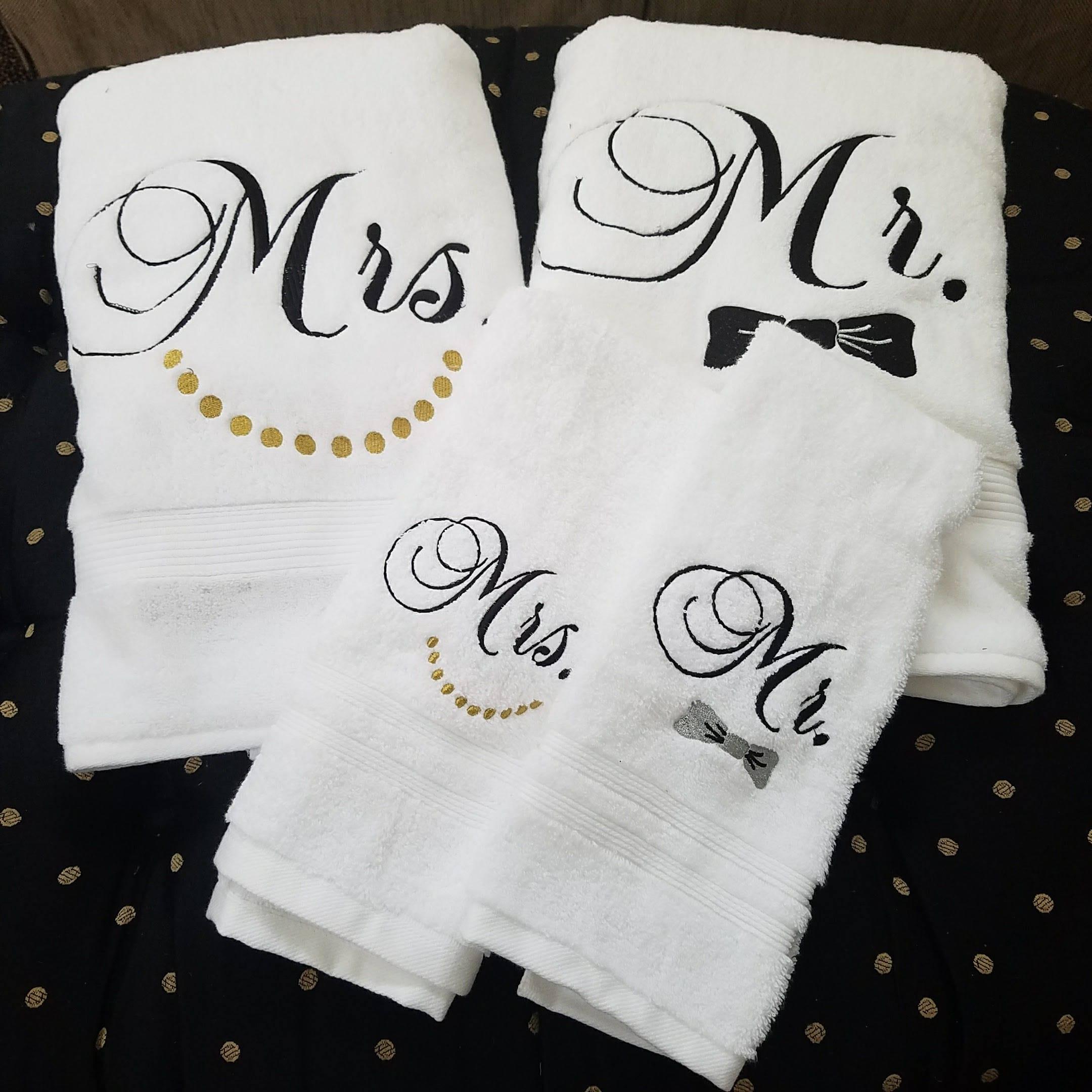 Monogrammed Towel Set Wedding Gift Shower Gift Mr Mrs Set Of