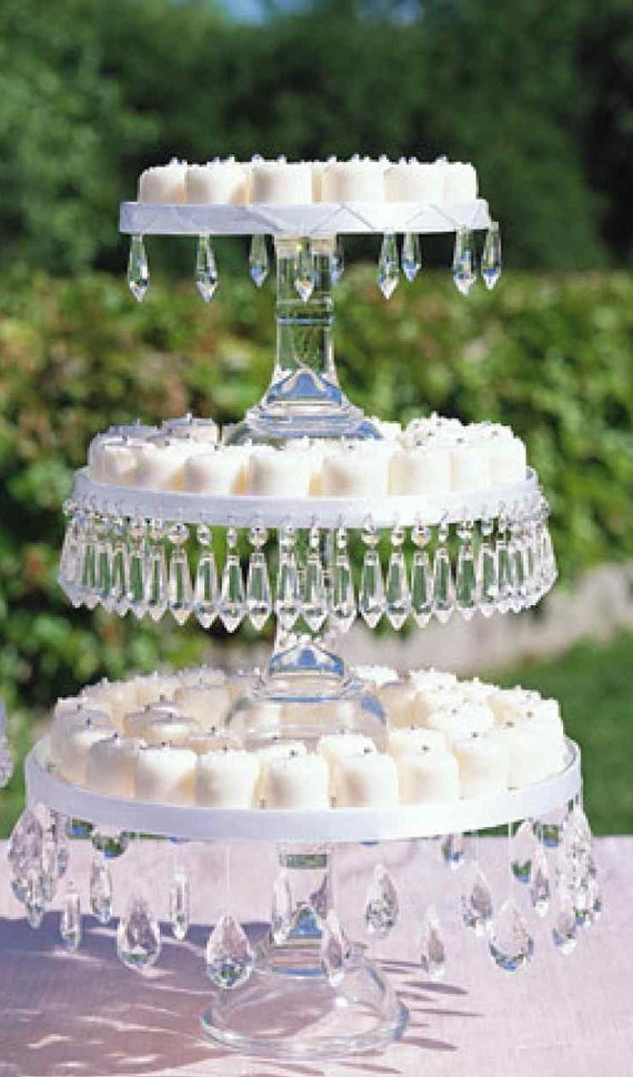 wedding cake stand with hanging crystals hanging drop for cake stand set of 6 wishing tree 25684