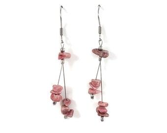 Natural pink gemstone jewelry, silver wire earrings, rhodonite jewelry, pink healing crystal earrings, gemstone earrings, silver jewel styn