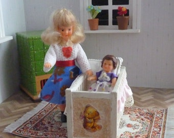 ARI-dolls/mother and child/doll bed with Pillow