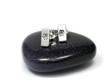 Handstamped Flower Earrings, Sterling Silver Flower earrings, Sterling Silver Earrings, Handmade earrings, Silver flower stud earrings