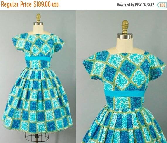 SALE 15% STOREWIDE 1950s novelty cotton sundress/ 50s floral blue dress/ extra small xs