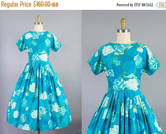 SALE 15% STOREWIDE 1950s blue rose dress/ 50s floral cotton day dress/ sundress/ small