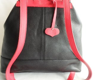 textured calf leather bag black and Red