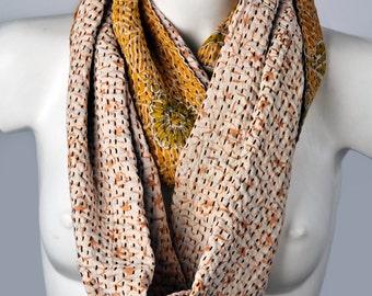 Handmade. Linen Sari from India. Unique quality and design. Reversible. Natural materials. Exclusive handkerchief.