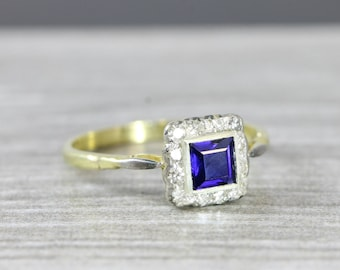 Antique sapphire and diamond engagement ring in 18 carat gold antique vintage for her