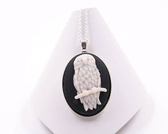 Cameo Necklace // Owl Necklace // Victorian Necklace // Edwardian Necklace // Womens Necklace // 17 Inch Silver Chain