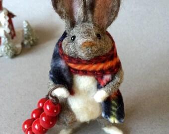 Needle felted rabbit, felted rabbit, wool felt animal, felted bunny, Christmas rabbit, wool felt rabbit, felt animal, felted animal, Waldorf