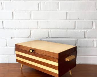Vintage sewing box, mid century sewing basket, sewing box Rockabilly, wooden jewelry box, storage vintage