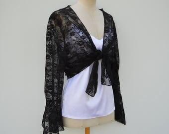 Bolero in Black Lace, black Gothic shoulder cover, Black Lace bolero