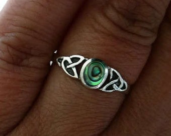 Abalone Celtic Detail Ring, Celtic Ring, Abalone Ring, Simple Ring, Everyday Ring, Paua Shell Ring, Small Silver Ring, Mistry Gems, R8A