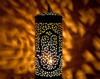 MOROCCAN BRONZE HAMSA Table Lamp, Beautiful Bronze Handmade & Vintage Moroccan Light with Intricate Hamsa Cut Out Designs