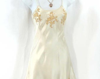 "Vintage 1930s-40s Bias Cut Cream Liquid Satin Rayon Slip Dress Ecru Lace 30"" Bust"