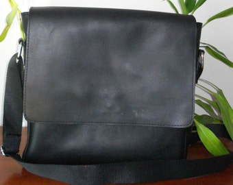 Hand made Leather cross body bag, Black, Man's bag