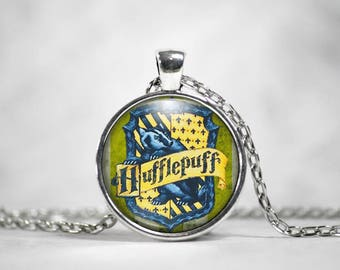 Hufflepuff, 25mm Pendant, Harry Potter Jewelry, Harry Potter Necklace, Hogwarts Houses