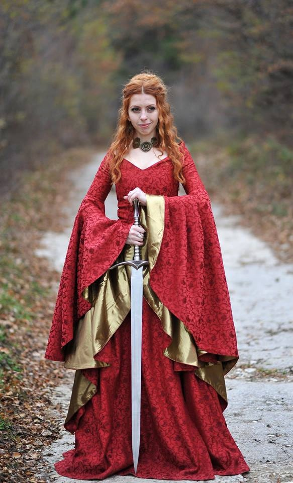 game of thrones inpsired dress cersei dress celtic. Black Bedroom Furniture Sets. Home Design Ideas
