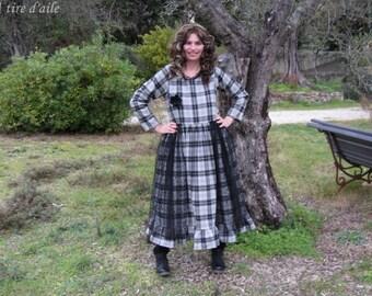 Robe en lainage à carreaux gris et noirs, romantique et shabby, styles Les ours et tulle à pois, boho, bohème, mori