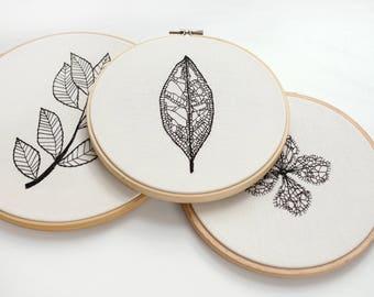 SALE -20%. Monochrome Minimalist Embroidery Hoop Art - Leaf Skeleton - Botanical Home Wall Art Decor - Modern Wall Hanging by Velvet Meadow