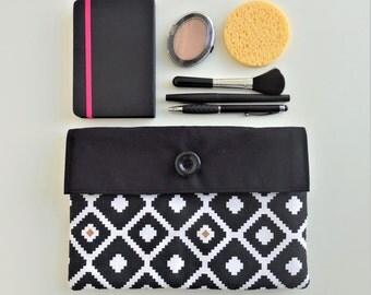 Ethnic handbag