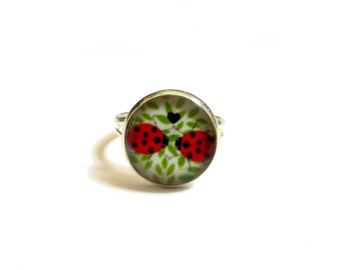 LADYBUG RING - girls dress up jewelry -bug RING - little girls - cute gifts for kids - childrens party favors - birthday gift - fun