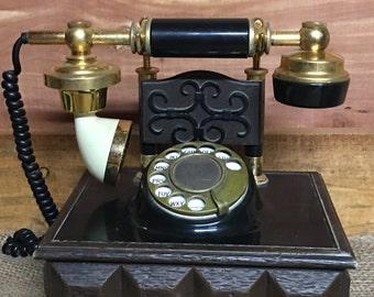 Vintage Telephone, Phone, Farmhouse Decor, Country Living, Primitive Living, Reliable Communication