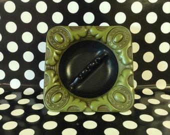 Midnight Medallions~Haeger~2043~Vintage Ashtray~Green~Black