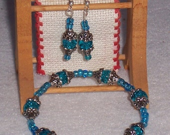 Turquoise Stretch Bracelet with Metal Bead Caps. Matching Earrings. Free Shipping