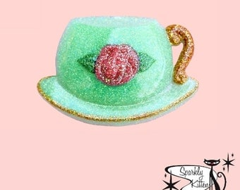 The Tea Time brooch