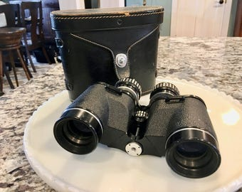 Tasco Binoculars//Fully Coated//Pigskin Case//Field Glasses//Father's Day Gift//Cabin Decor//Vintage Binoculars